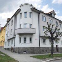 Pronájem nadstandardního cihlového bytu 2+1 v centru Plzně